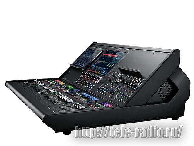 Цифровой многофункциональный микшерный пульт Roland M-5000